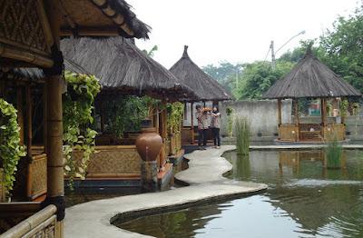 Tempat Wisata Kuliner Resto Saung Wulan di Bekasi