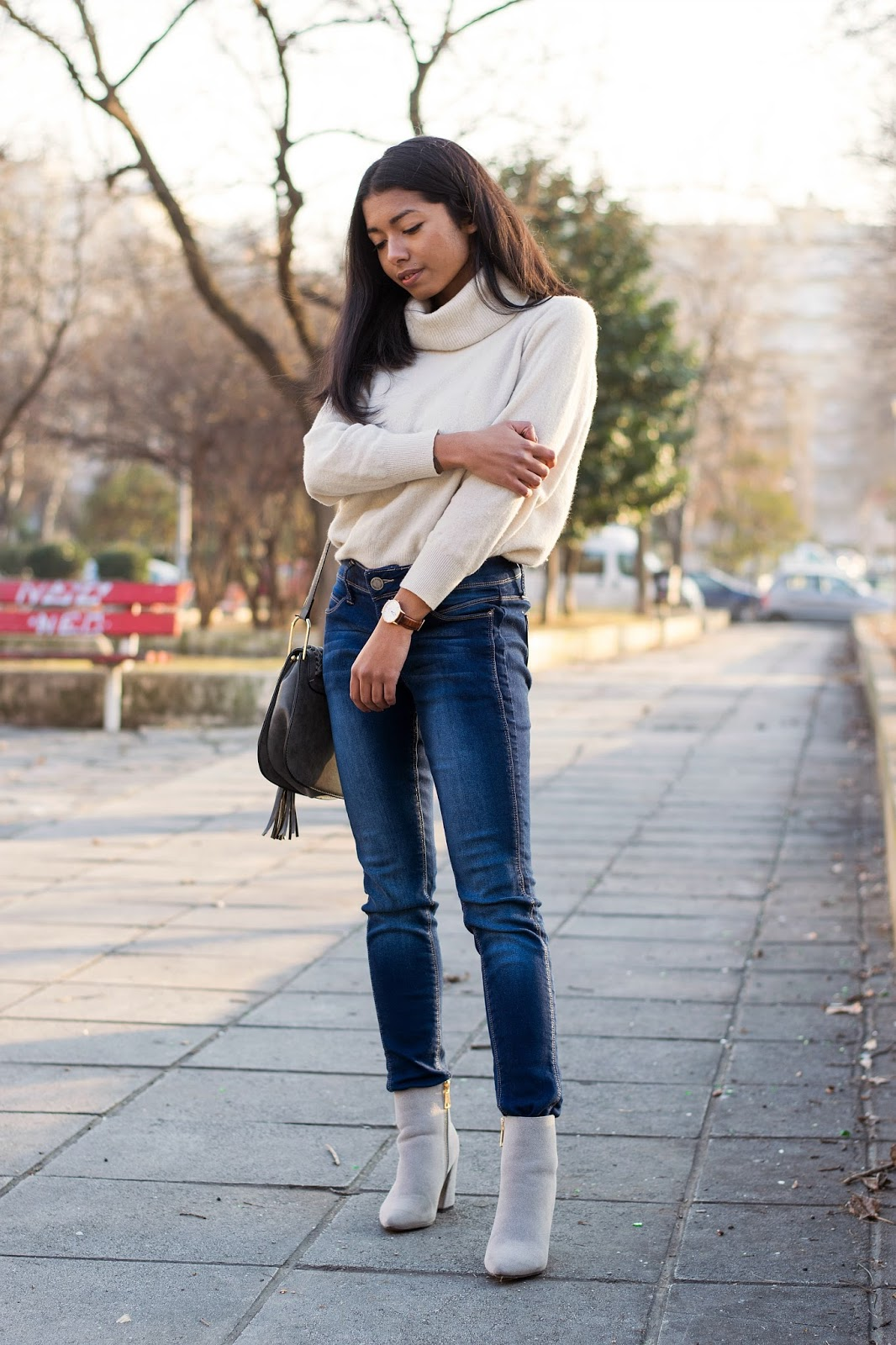 how to wear jeans with ankle boots