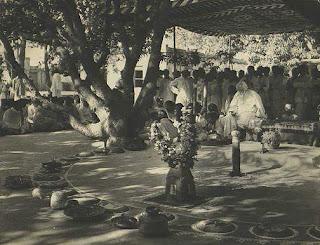 বিশ্ব কবি রবিন্দ্রনাথ ঠাকুরের  দুর্লভ কিছু ছবি