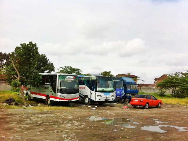 Gudang Sewa Bus Pariwisata di Medan