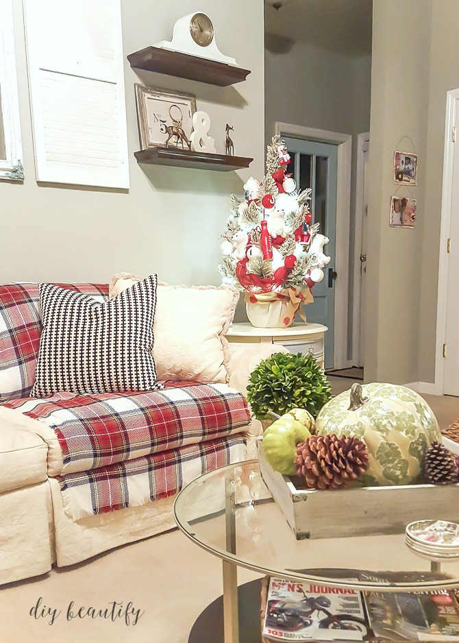Decorating with Plaid  DIY beautify