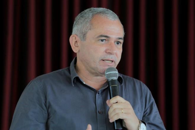 Nélio será removido hoje para São Paulo em UTI aérea; voo será de 5 horas