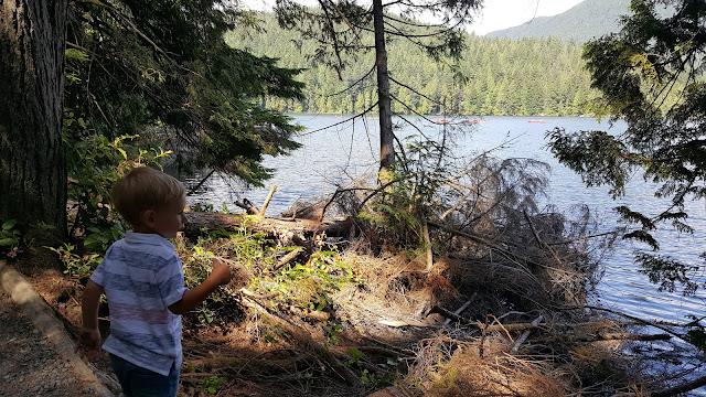 sasamat-lake-hike