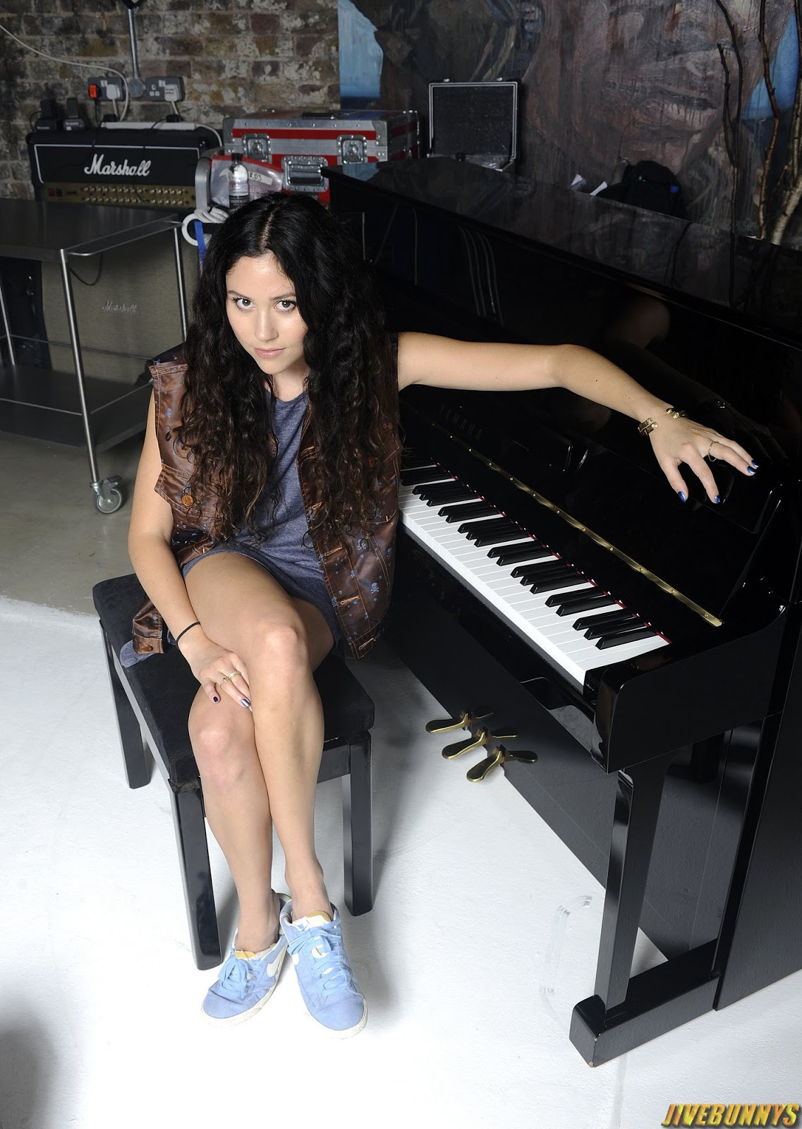 eliza doolittle hot singer photos gallery 3