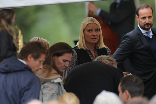 King Harald, Crown Prince Haakon, Crown Princess Mette-Marit and Princess Märtha Louise attended the opening ceremony