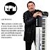 Nos teclados....Luiz Schiavon