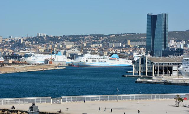 Parc Emile Duclaux Marseille port view