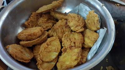 Pisang goreng dan keladi goreng WK Suka Hati blogger pontianak