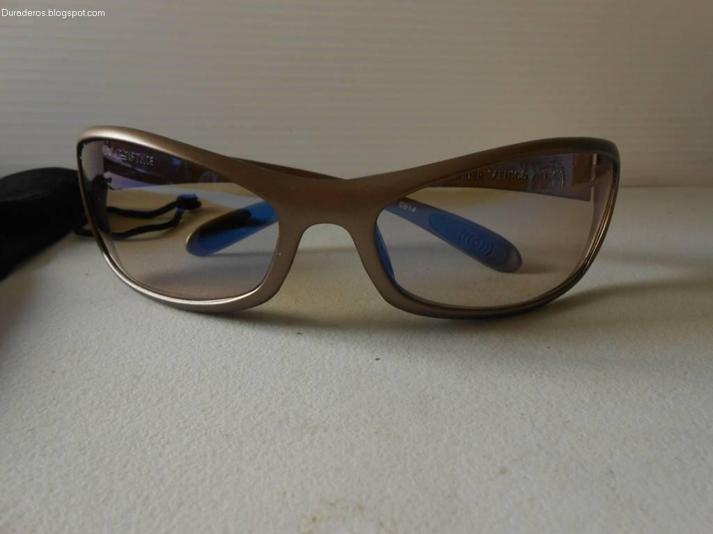 bca59b0aa0 Entre las marcas especializadas en gafas o lentes, una de las más  competitivas tanto en precio como en calidad es Bollé. Este fabricante no  solo hace gafas ...