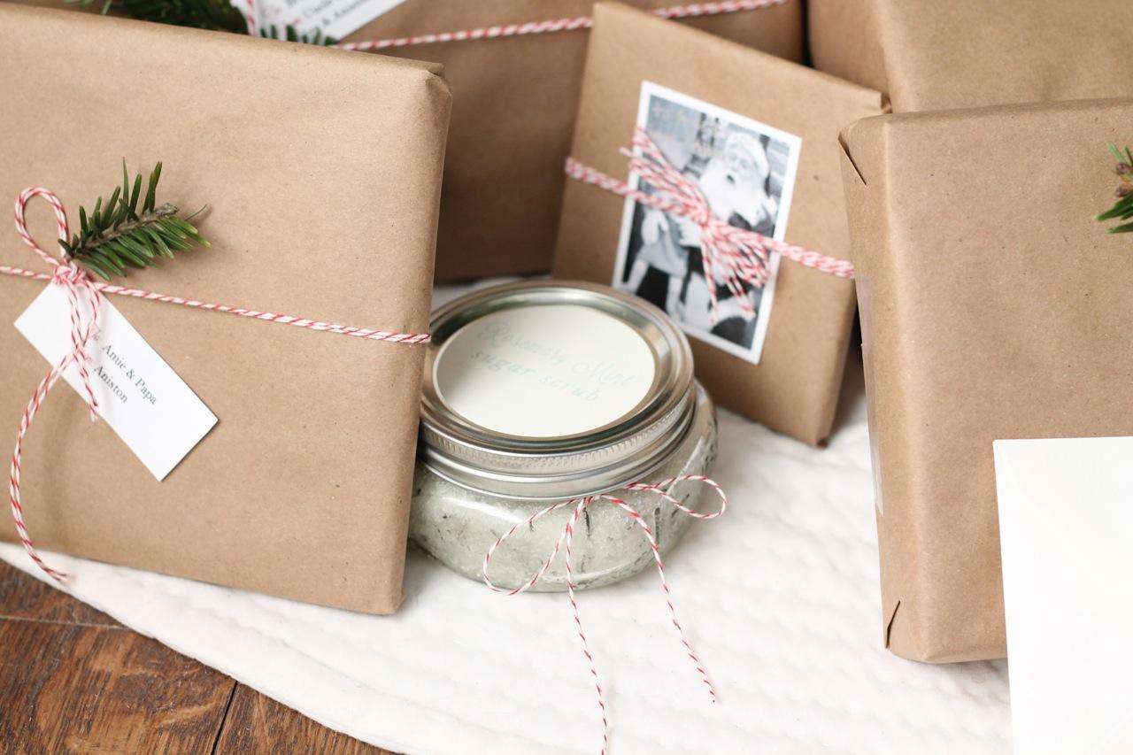 Lovely Christmas Gift Wrap - Julie Blanner FR58