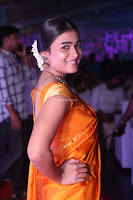 Shalini Pandey in Beautiful Orange Saree Sleeveless Blouse Choli ~  Exclusive Celebrities Galleries 008.JPG