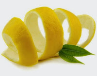 Lemon untuk memutihkan kuku