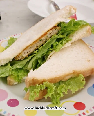 sandwich ayam