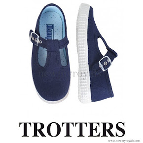 Prince George wore a pair of Trotter's Nantucket shoes from the Hampton Canvas Collection.