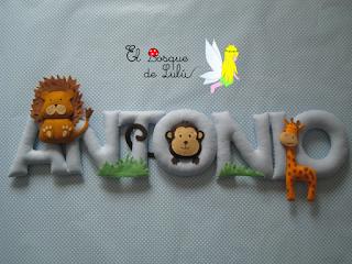 nombre-en-fieltro-Antonio-elbosquedelulu-hechoamanoparati-regalo-personalizado-decoración-infantil-animales-name-banner