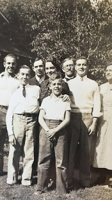 Lewis Family: Charles Lewis and Nellie Gale Lewis with children: Earl, Gale, Richard, Jack,  Ruth, and Francis.