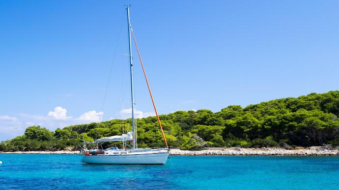 Wallpaper: Holiday. Vacation. Travel. Sea. Sailboat