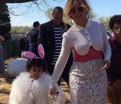 Photos: NBA player Emeka Okafor & daughter with Barack Obama at the White House Easter Egg Roll, Beyonce, Blue Ivy among guests