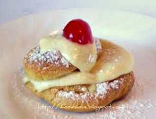 Baked Zepole - FoodisLoveRecipes.com