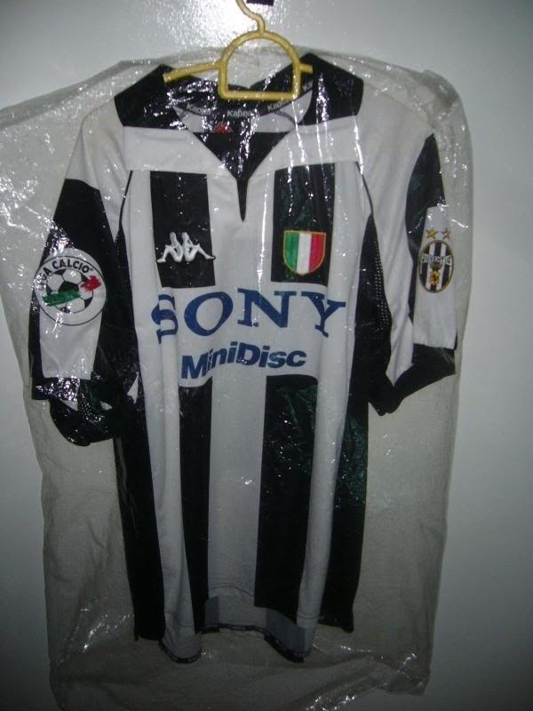 best service d58e4 bdb99 Juventus 1997/1998 Home - Match Day Issue | Blog Baju Bola Sepak