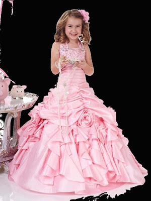 sylistgirl-wearing-prom-dress-walls