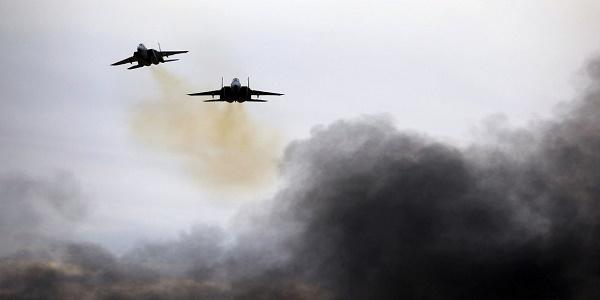 Σφοδρές αεροπορικές επιδρομές του Ισραήλ στη Συρία: Κτυπήθηκαν ιρανικές δυνάμεις