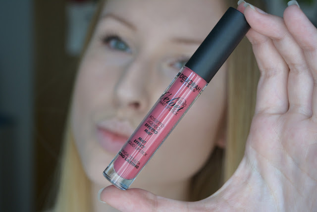 Deborah Fluid Velvet Mat Lipstick 08 Classy Mauve