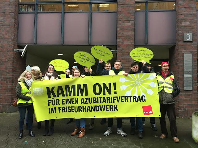 Protest bei der Friseur-Innung Hamburg