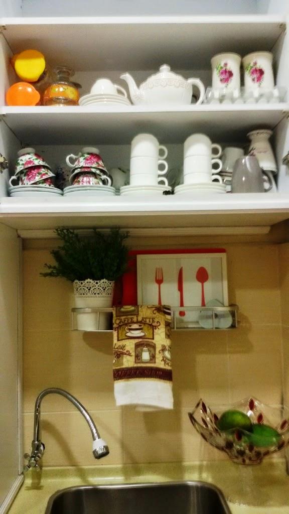 Almari Atas Sink Ni K I Simpan Set Cawan Yg Akan Digunakan Bila Tetamu Datang Je Jarang Sangat Guna Set2 Utk Kegunaan Harian Semua Hadiah
