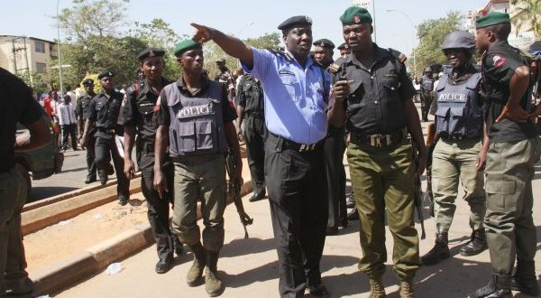 Nigeria-Police-e1494485701861-600x330.jpg