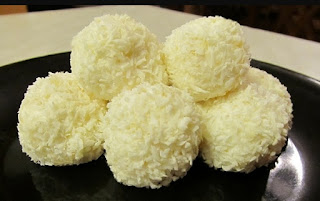 PERFECT PINEAPPLE COCONUT SNOWBALLS