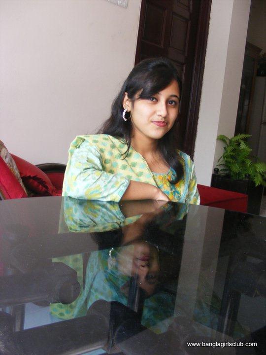 Bangladeshi School Girl-6559