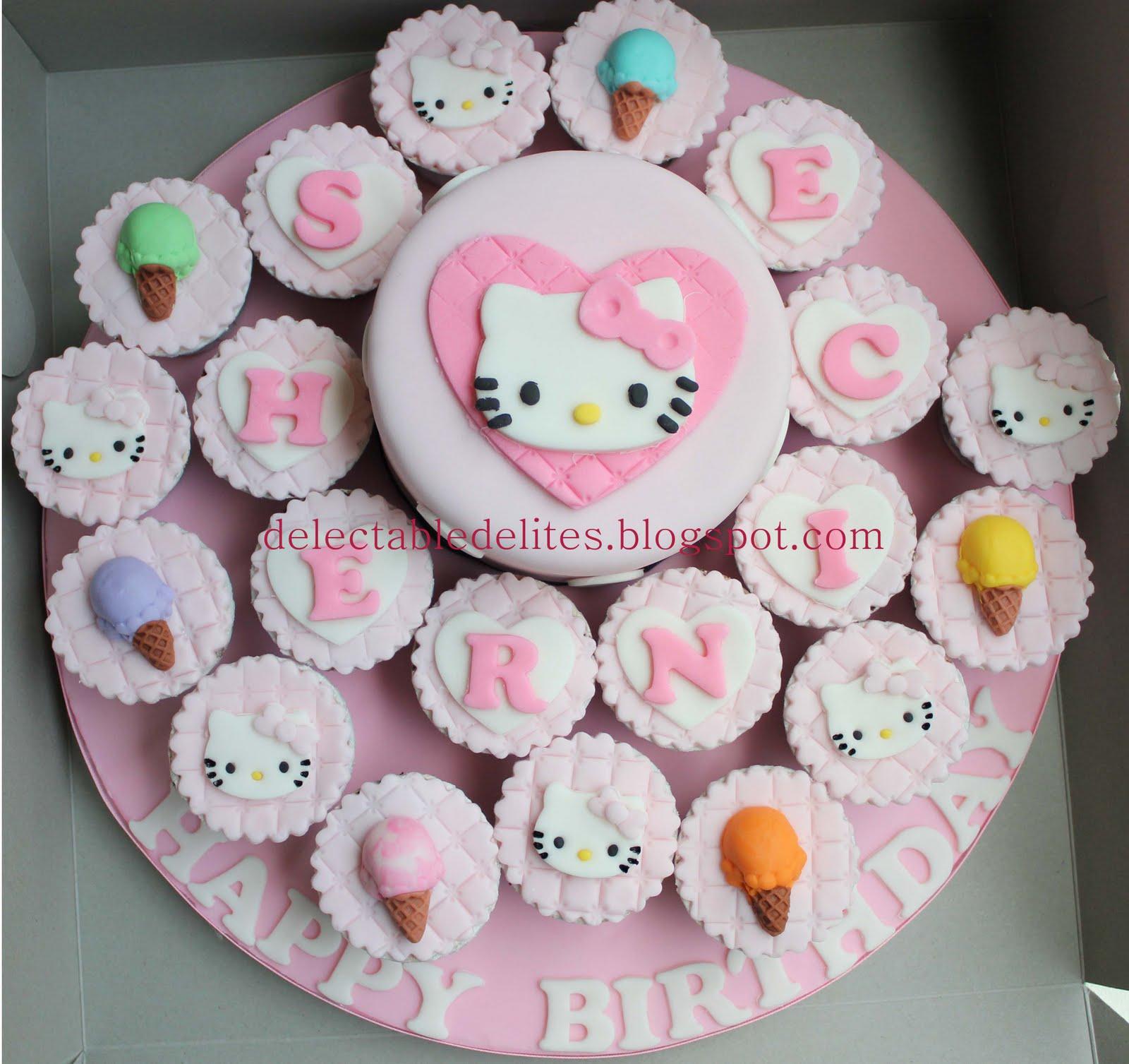 Delectable Delites Hello Kitty Cake Cupcake Set