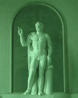 Escultura no Hall de Entrada da Faculdade de Direito, na Recoleta