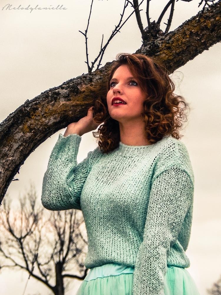 mietowa tiulowa spodnica jakosc ubran dresslink blog melodylaniella clothes style tiul sweter mietowy zima jesien styl moda fashion fashionist