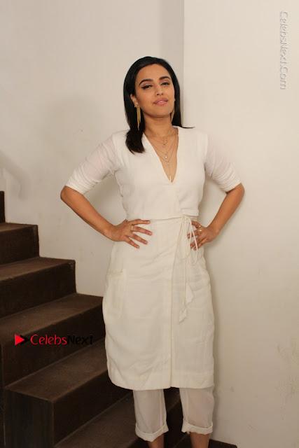 Swara Bhashkar Avinash Das Sandip Kapoor Anaarkali Of Aara  0001.JPG
