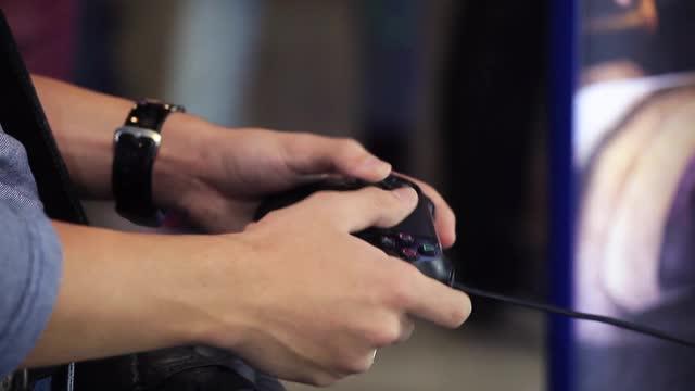 Agar Joystick Konsol Game Nyaman Digunakan dan Tidak Lekas Rusak