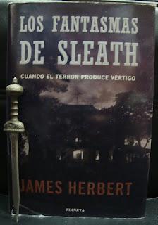 Portada del libro Los fantasmas de Sleath, de James Herbert