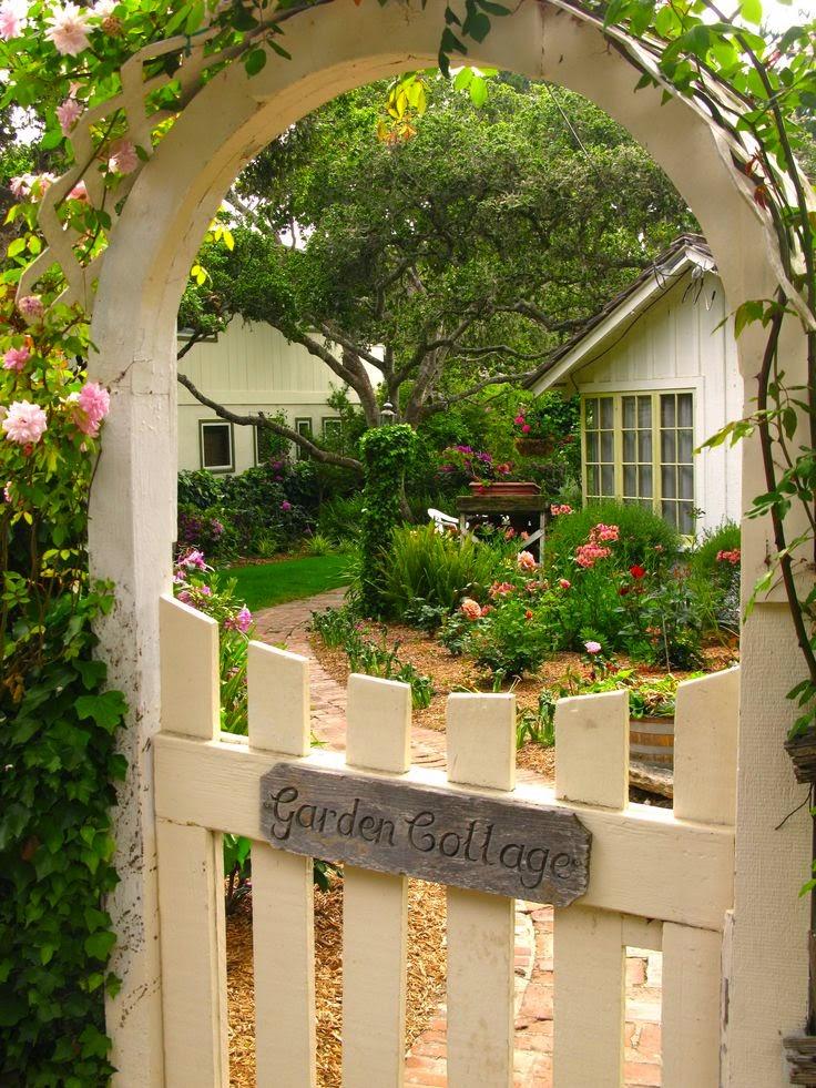 Saving Money in The Yard | Dreaming Gardens on My Dream Patio  id=90521
