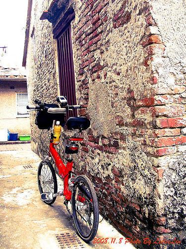 台南安平單車遊|安平老街劍獅