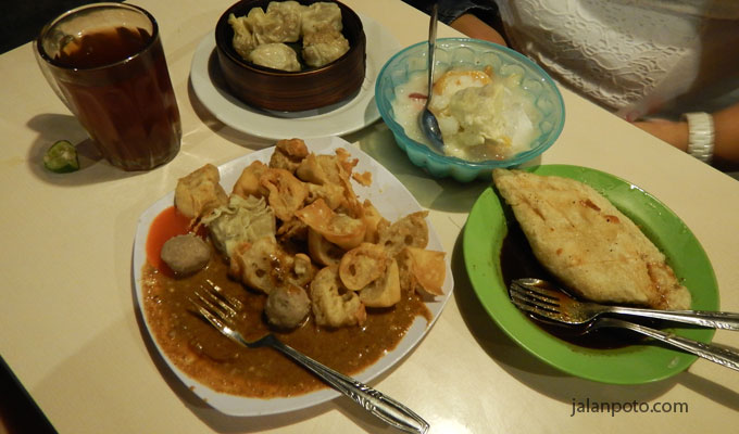 saung pak ewok kuliner bogor