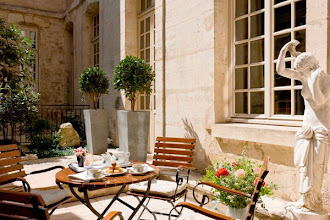 Nos Adresses : Le Café Laurent, café-bar et jazz club doté d'une superbe terrasse - Paris 6