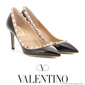 Crown Princess Mary wears VALENTINO Rockstud patent leather pumps