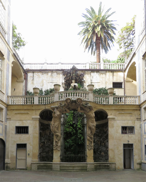 Nymphaeum, inner courtyard of Palazzo Podestà, Genoa