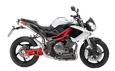Benelli TNT 899 side image