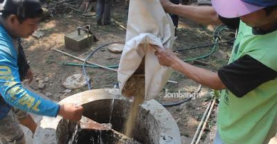 Warga di Jombang Ini Manfaatkan Kotoran Sapi Jadi Bahan Bakar