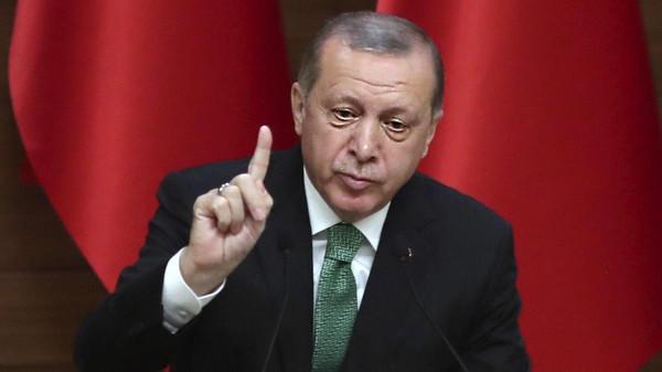 أردوغان: سنواصل عملية درع الفرات في سوريا