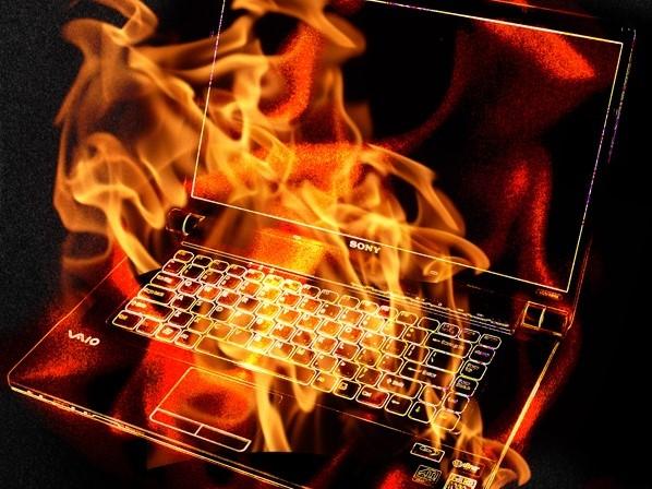 Penyebab Laptop Overheat (Kepanasan) dan Mati Sendiri