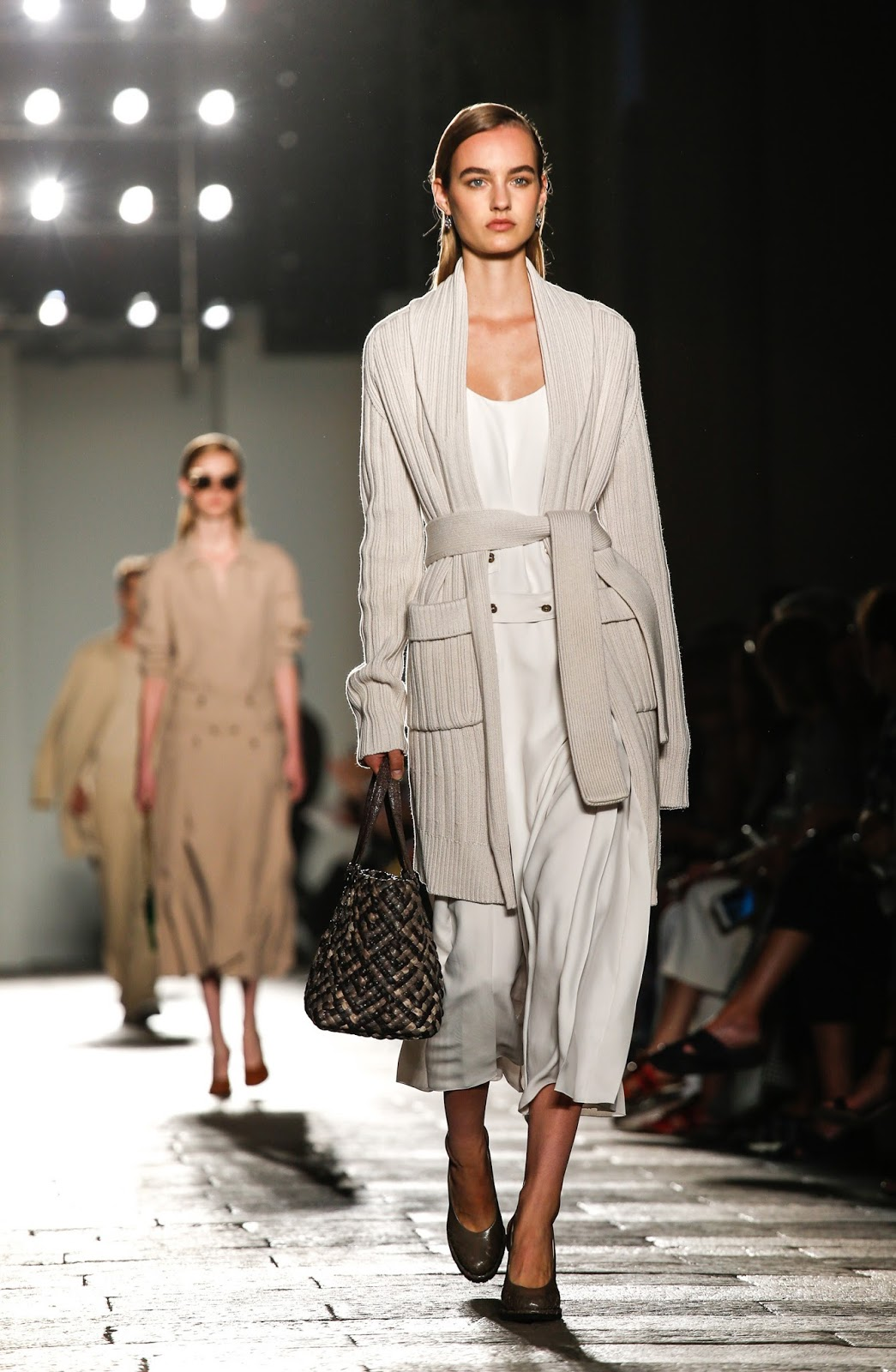 My favourite looks from Bottega Veneta Spring.Summer 2017 collection on www.fashionedbylove.co.uk British fashion blog