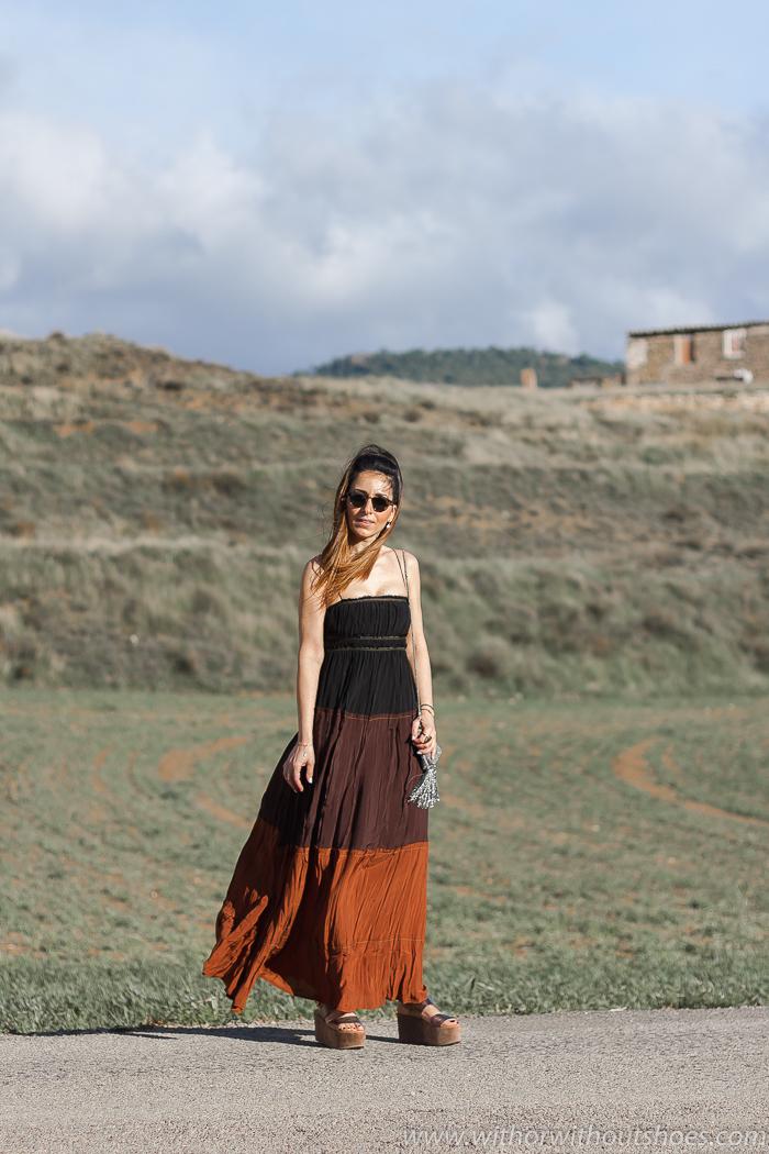 Influencer blogger moda de Valencia con ideas de looks para vestir con estilo